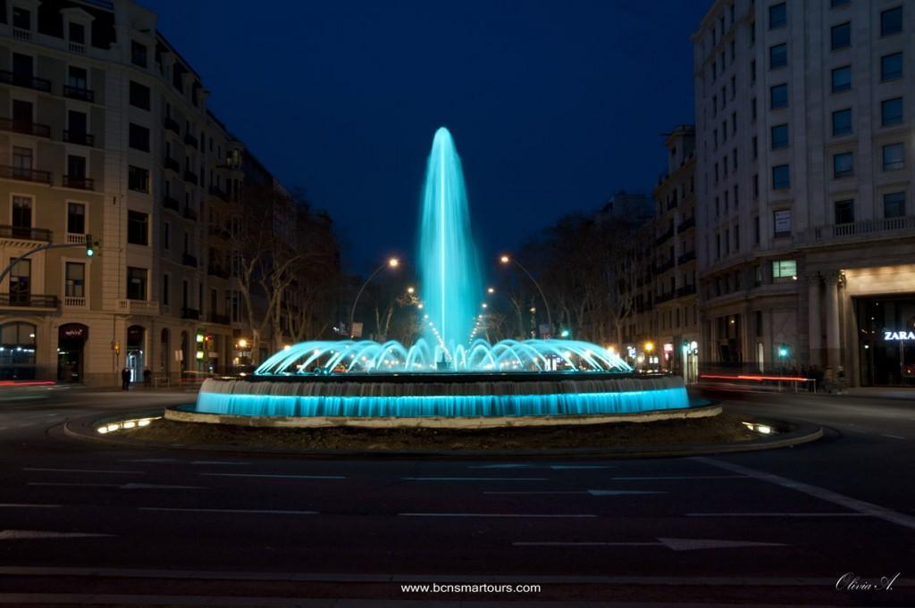 Font Pg. de Gràcia amb Gran Vía, iluminada